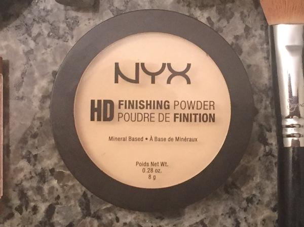 NYX Finishing Powder